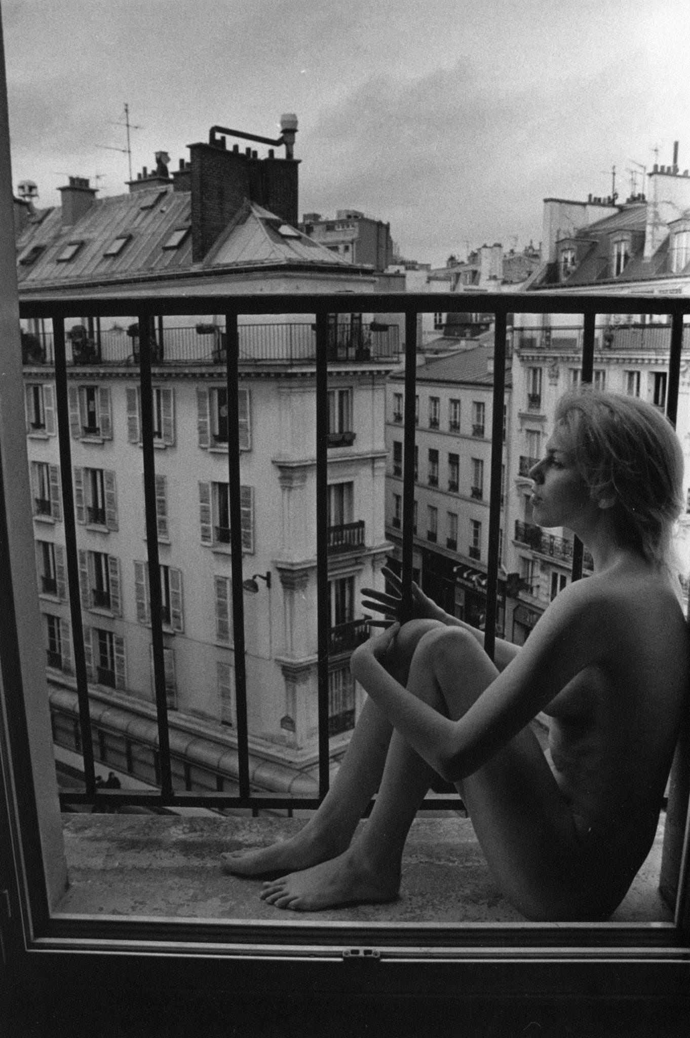 Sergei Borisov, On the balcony. Paris, 2005_Art at 12 Hay Hill
